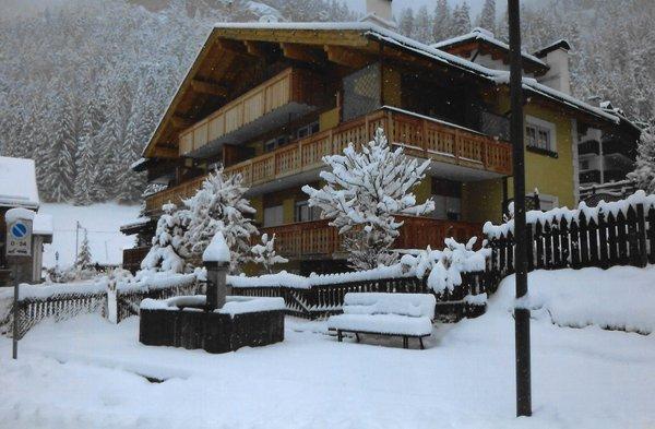 Winter Präsentationsbild Ciasaà - Ferienwohnungen 3 Enziane