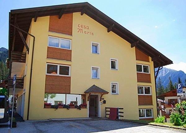 Foto estiva di presentazione Appartamenti Cèsa Maria Mountain Hospitality Canazei