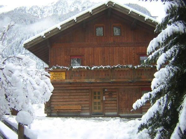 Foto invernale di presentazione Fosco Maurizio - Appartamenti 3 genziane