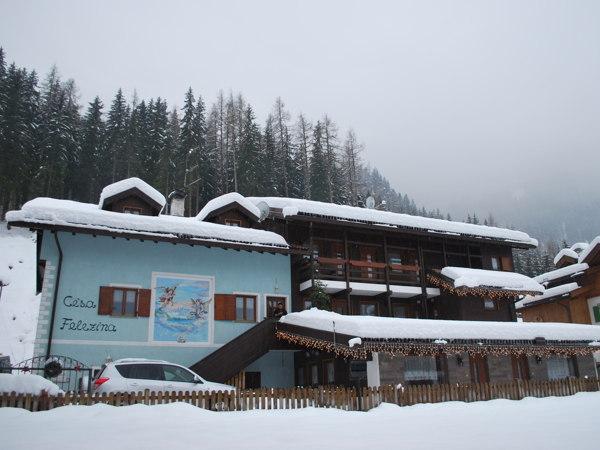 Foto esterno in inverno Cèsa Felezina