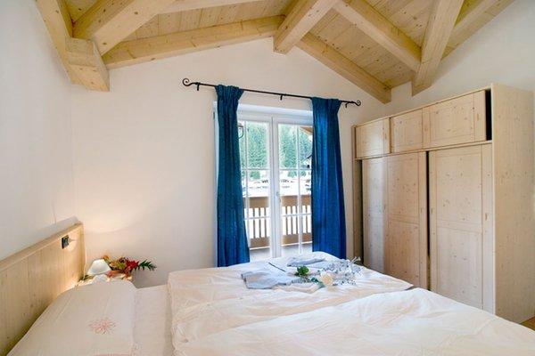 Foto della camera B&B + Appartamenti Cèsa Ciasates