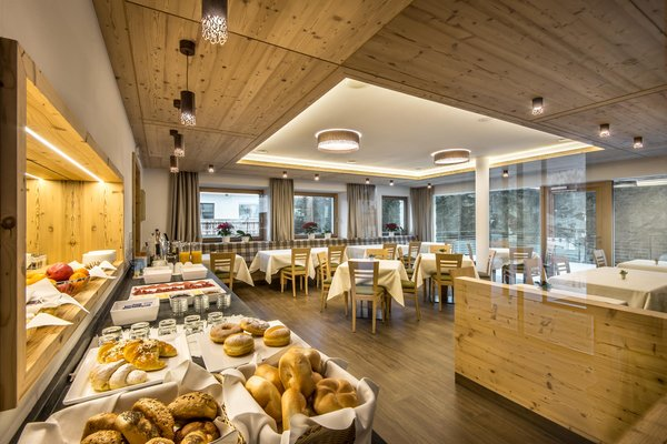 La colazione Larix - Garni (B&B) + Appartamenti 3 stelle