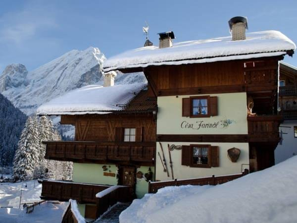 Foto invernale di presentazione Cèsa Farinol - Camere + Appartamenti 3 genziane