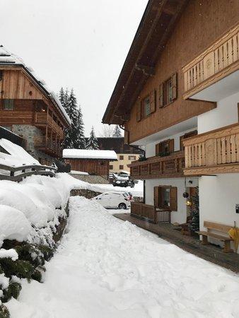 Photo exteriors in winter Iori Luciano