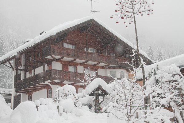 Image of the exteriors in winter Alba di Canazei
