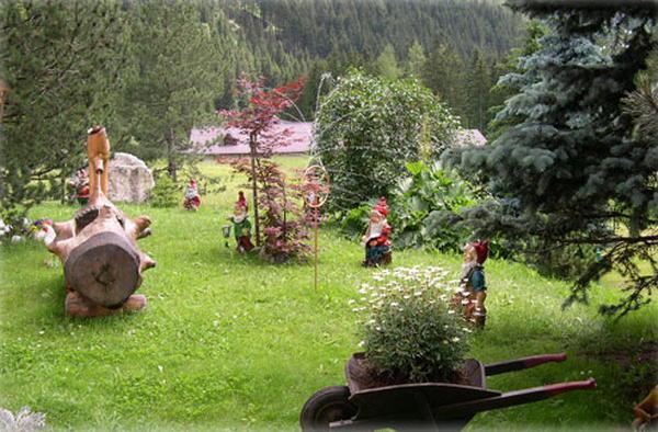 Residence kamerloy campitello di fassa val di fassa - Giardini di montagna ...
