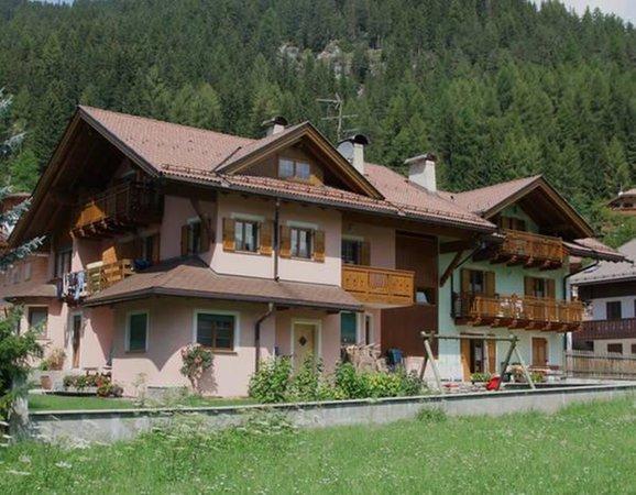 Summer presentation photo Villa Bernard - Apartments 3 gentians