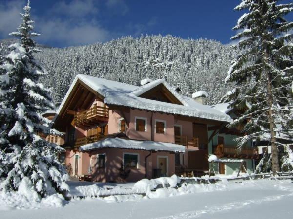 Winter presentation photo Villa Bernard - Apartments 3 gentians