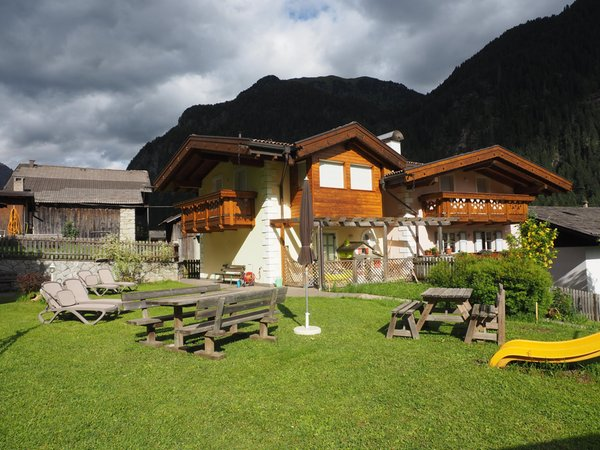 Sommer Präsentationsbild Ferienwohnungen Residence Rodolon