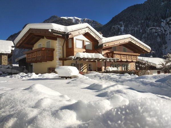 Winter Präsentationsbild Ferienwohnungen Residence Rodolon
