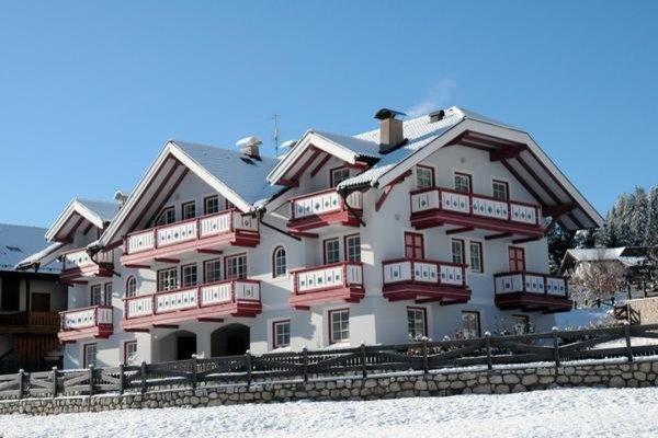 Foto invernale di presentazione Residence Azzurra