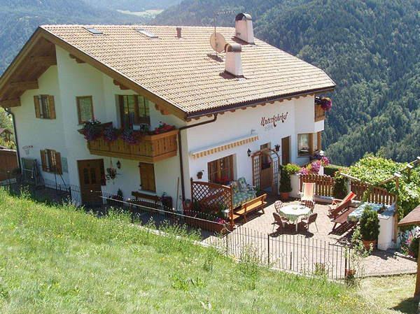 Foto esterno in estate Unterkehrhof