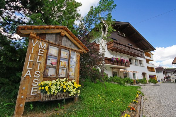 Photo exteriors in summer Alpin Relais b&b Villa Melisse