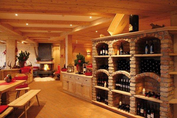 La cantina dei vini Colfosco Rifugio Col Pradat