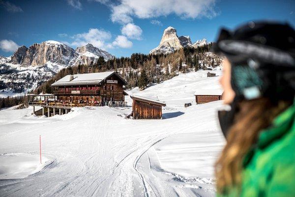 Foto esterno in inverno Rifugio Capanna Nera / Negerhütte