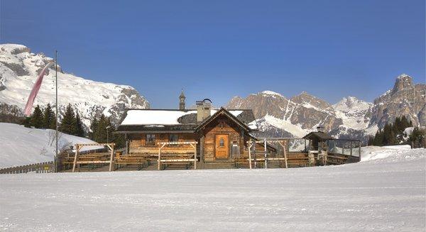 Foto esterno in inverno La Marmotta