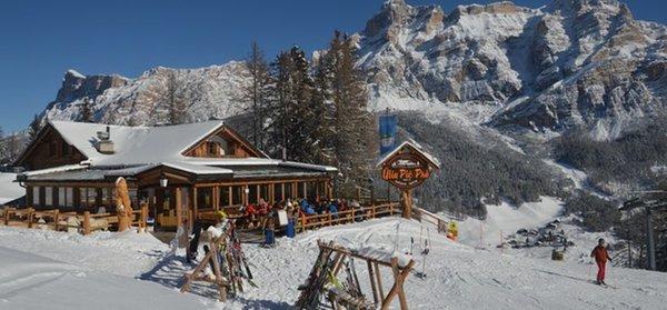 Winter presentation photo Mountain hut Pic Prè