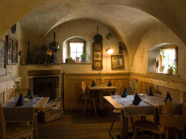 Foto di presentazione Osteria Tlò Plazores - rustic cuisine