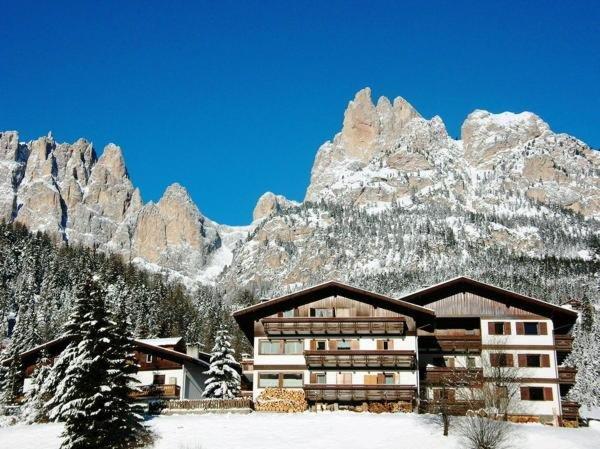 Foto invernale di presentazione La Zondra - Residence 4 genziane