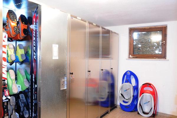 The skiroom Residence La Zondra