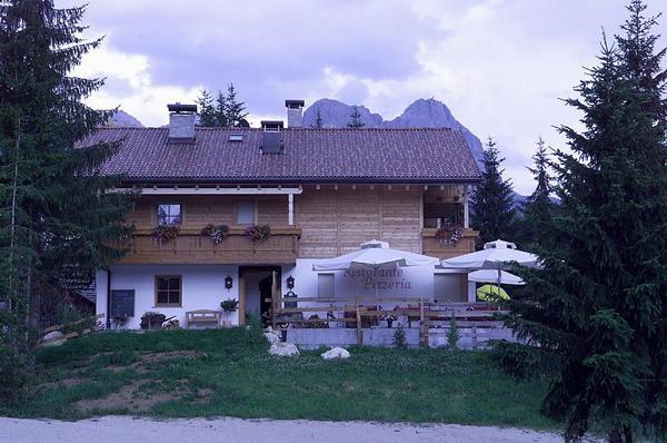 Foto esterno in estate Tiac