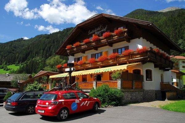 Foto estiva di presentazione Hotel Santeshotel Wegerhof