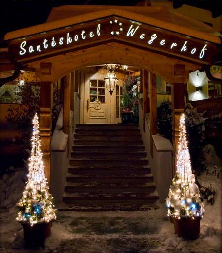 Foto esterno in inverno Santeshotel Wegerhof