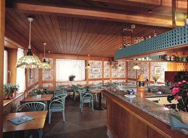 The restaurant Fiè allo Sciliar / Völs am Schlern Rose Wenzer