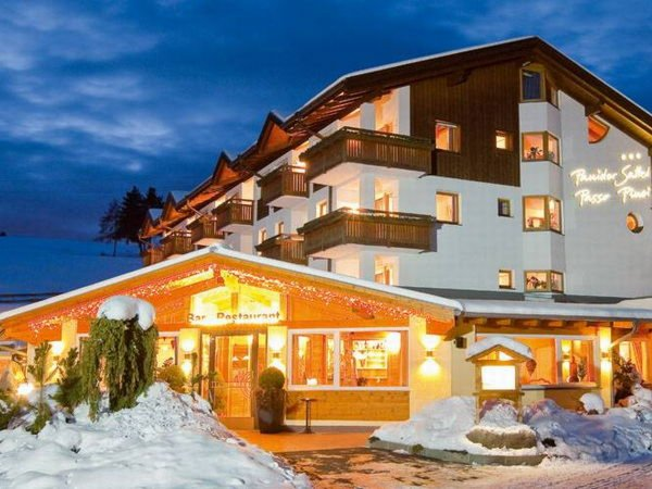 Winter Präsentationsbild Restaurant Pinei