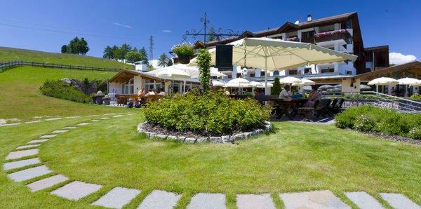 Sommer Präsentationsbild Restaurant Pinei