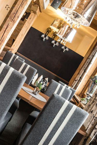 Restaurant Pizzeria Hofer's Braustube - Maciaconi TradItDeEn [it=Selva Gardena, de=Wolkenstein, en=Selva Gardena / Wolkenstein]