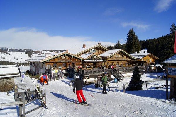 Foto invernale di presentazione Rifugio Tirler