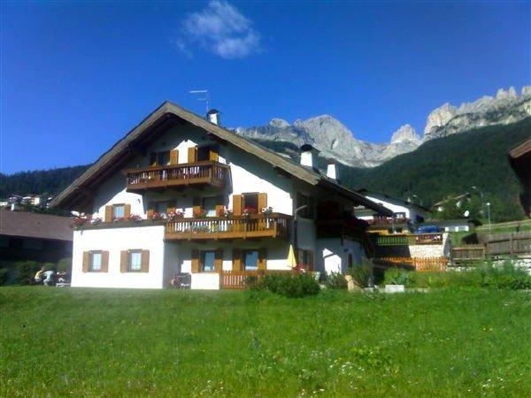 Foto estiva di presentazione Appartamenti Villa Rosa