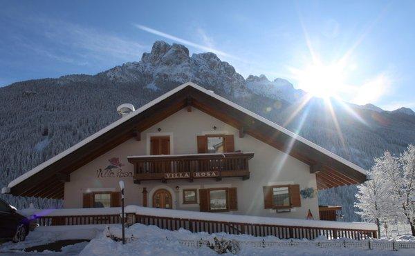 Foto esterno in inverno Villa Rosa