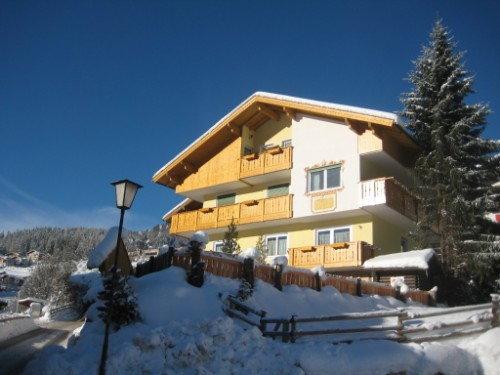 Foto Außenansicht im Winter Majon D'Aisciuda
