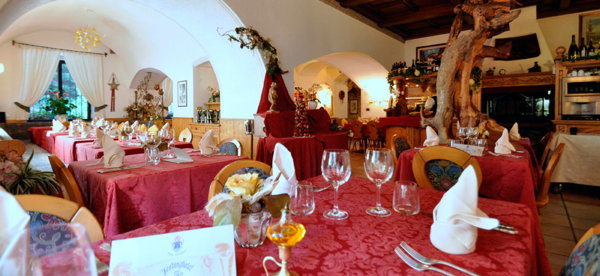 The restaurant Arabba - Pezzei Al Forte