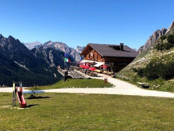 Sommer Präsentationsbild Berghütte Son Forca