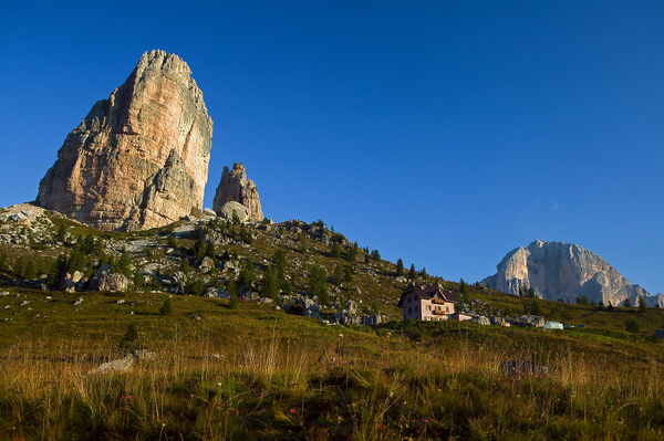 Lage Berghütte mit Zimmern Cinque Torri Cortina d'Ampezzo