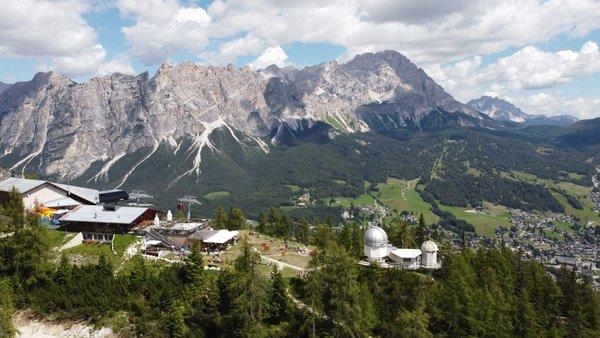 Foto estiva di presentazione Rifugio Col Drusciè