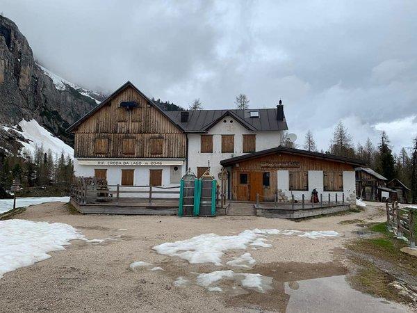 Foto esterno in inverno Croda da Lago
