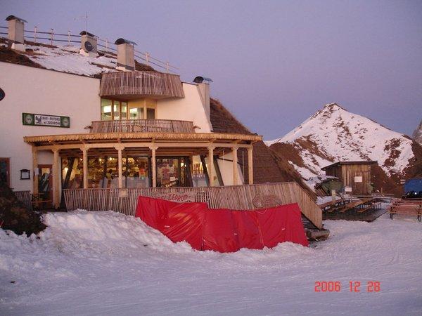 Foto invernale di presentazione Rifugio El Zedron