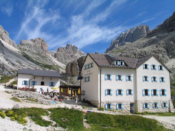 Sommer Präsentationsbild Berghütte Vajolet