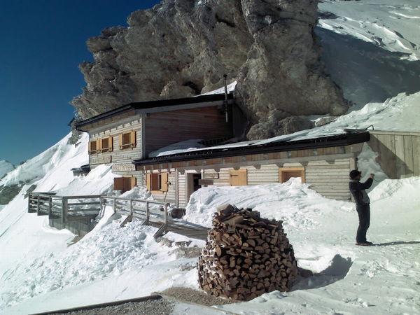 Foto esterno in inverno Passo Principe