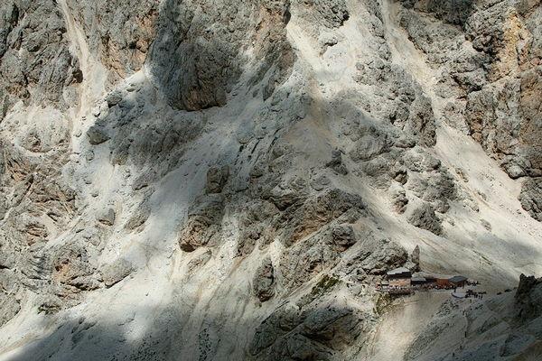 La posizione Rifugio Passo Principe Pozza di Fassa