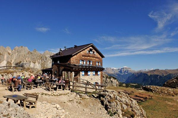 Foto di presentazione Rifugio Roda di Vaèl - Rotwandhütte