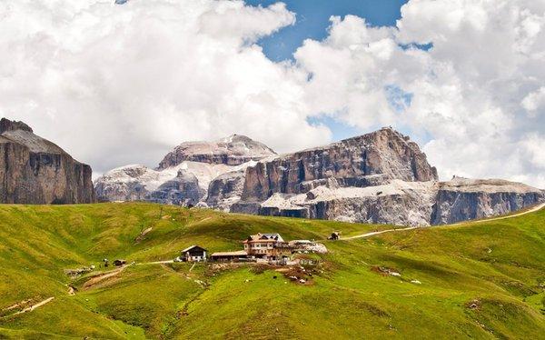 Panoramic view Campitello di Fassa