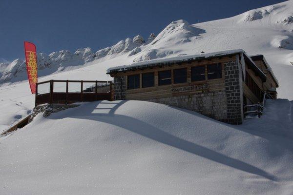 Winter Präsentationsbild Berghütte Pian dei Fiacconi