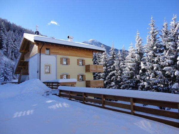 Foto esterno in inverno Ciasa Ciampac