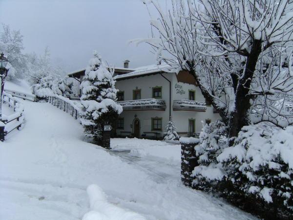 Foto esterno in inverno Ciasa Stoffie