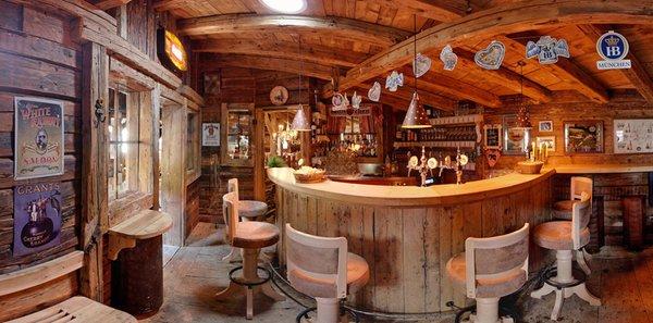 Foto del bar Ristorante Pizzeria Helmhotel